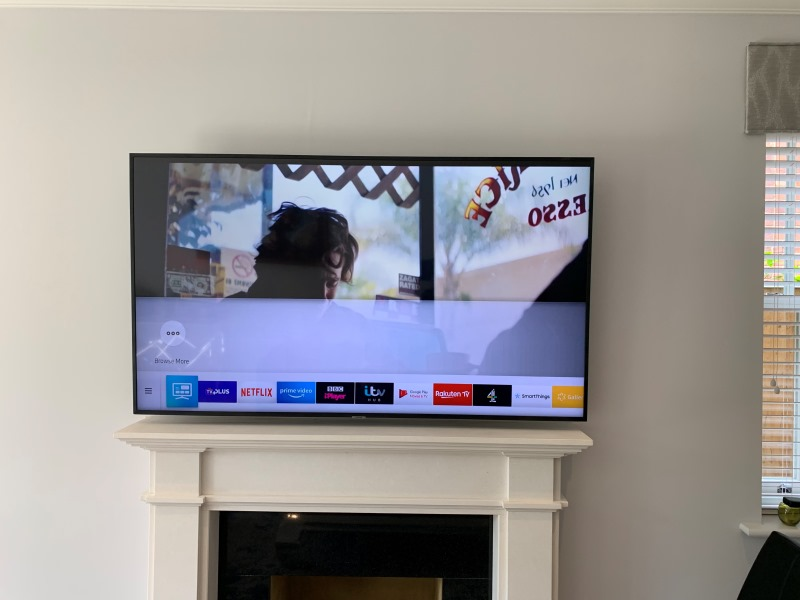 Fireplace TV Wallmounting